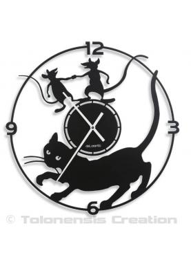 The famous cat clock Mistigri designed by Tolonensis Creation. Diameter 40 cm