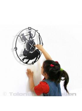 Cat clock with the girl. Diameter 40 cm