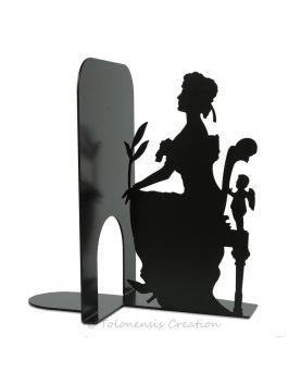 Horloge moderne Puzzle d'un diamètre de 40 cm réalisée en métal par découpe laser
