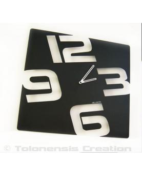 Wall clock Temporis. Height 40 cm