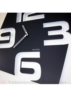 Contemporary clock Temporis. Height 40 cm
