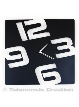 Modem wall clock Temporis. Height 40 cm