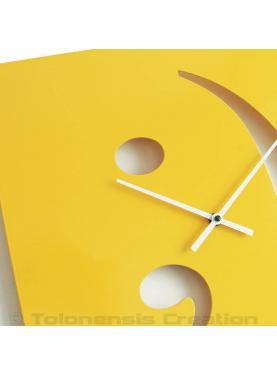 Close-up of the design clock Smiley. Height 40 cm. Steel laser cut