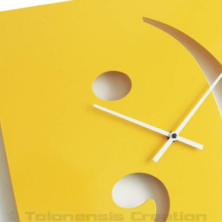 Yellow clock Smiley Close-up. Height 40 cm