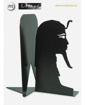 Vue rapprochée des aiguilles en aluminium de l'horloge Circus. Couleur rouge brillant. Hauteur 40 cm