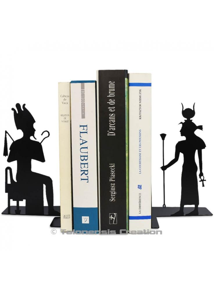 Beautiful pair of bookends Isis and Osiris from the Ancient Egyt. Height 19 cm