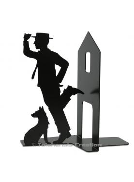 Bookend Buster Keaton from the scene of the movie Steamboat Bill. Height 19 cm designed using steel laser cutting technique