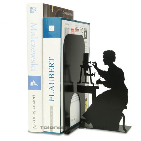 Bookend Marie Curie working with the electroscope