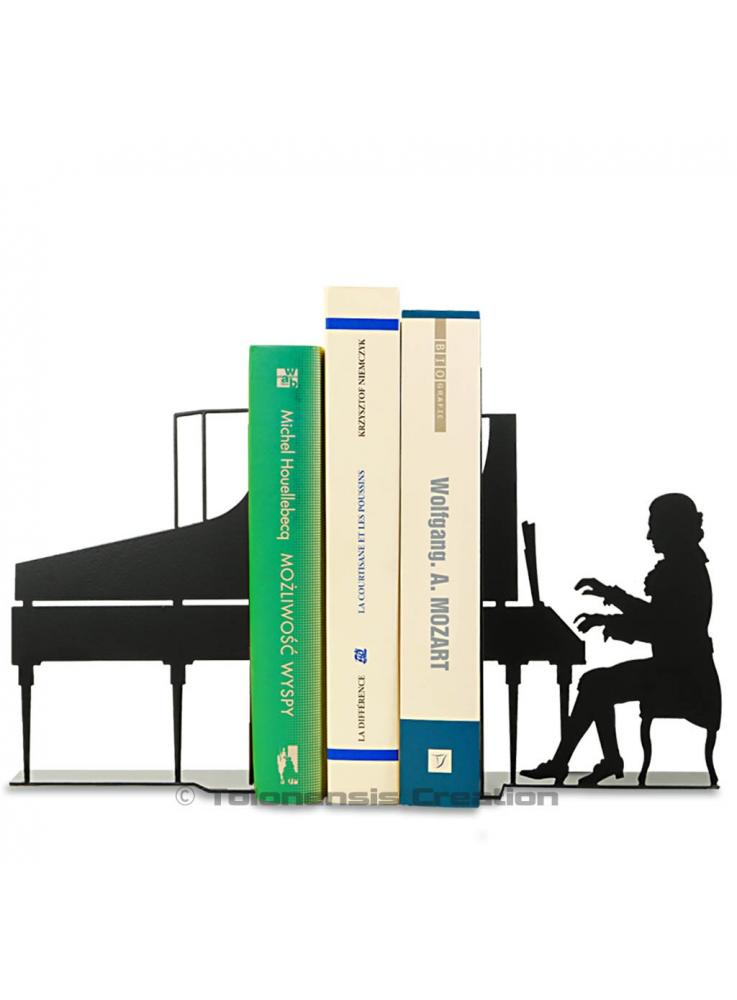 Bookends Wolfgang Amadeus Mozart playing on his piano