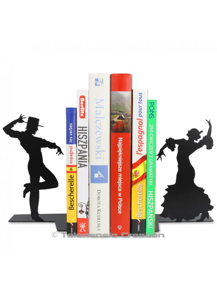 Bookends the Flamenco dancers. Height 19 cm